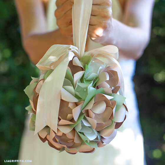 Paper_Flower_Pomador_Wedding