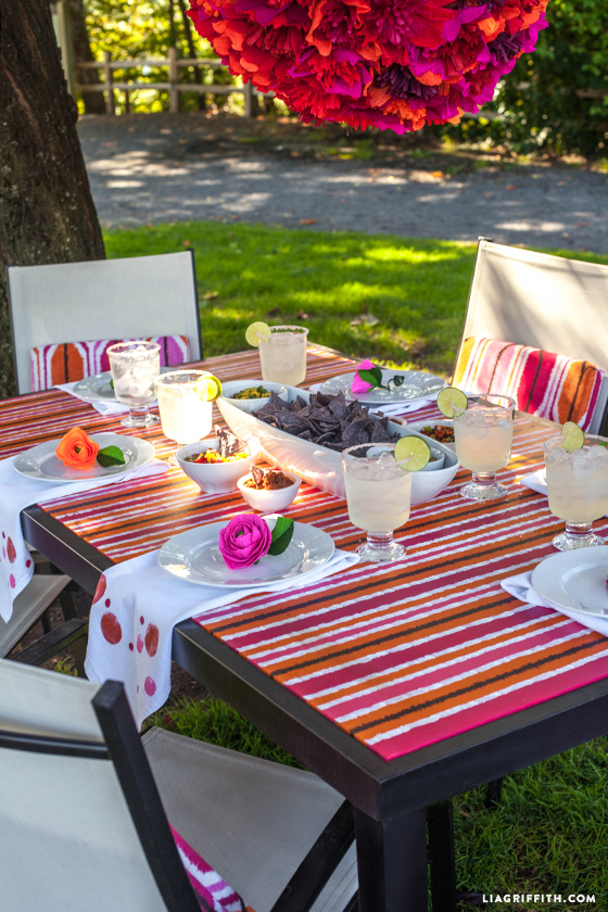 Outdoor_Painted_Table_Top_Ikat