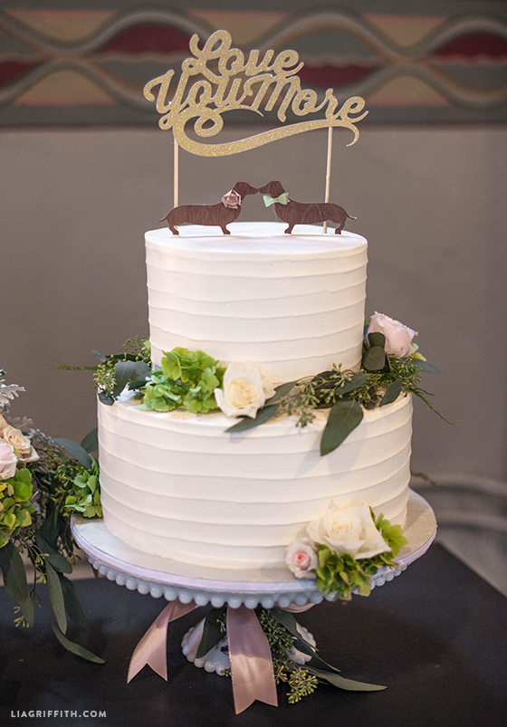 Real_Wedding_Cake_Topper