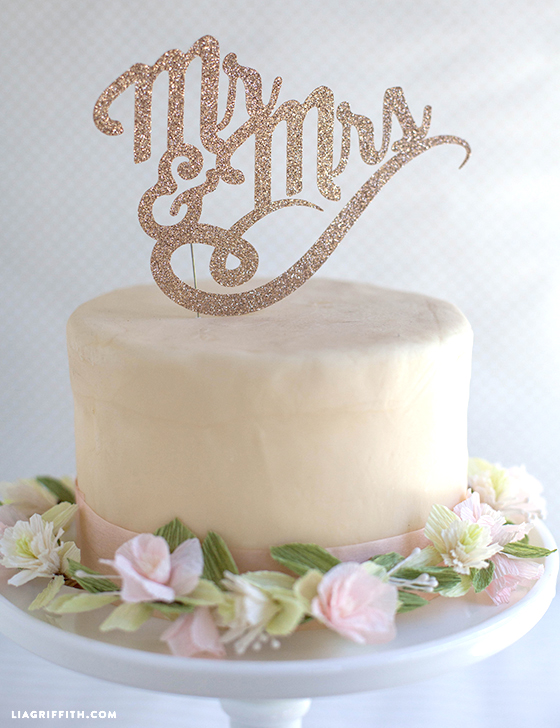 Wedding_Cake_Topper_Mr_Mrs