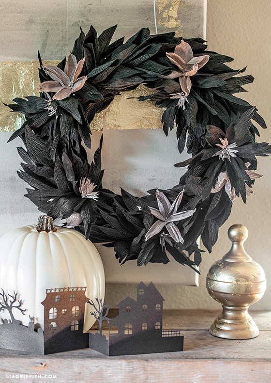 black_crepe_paper_wreath_diy - Paper Halloween Decorations