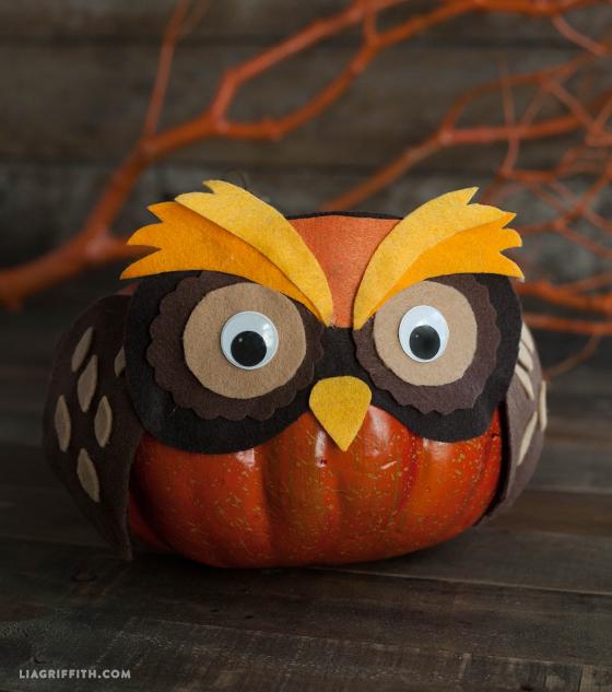 felt owl pumpkin