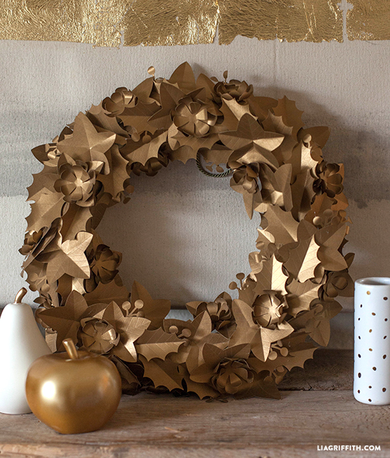 Gold_Paper_Holiday_Wreath