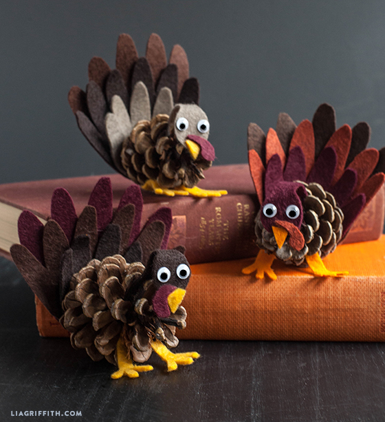 Felt And Pine Cone Turkeys Kid S Craft Lia Griffith