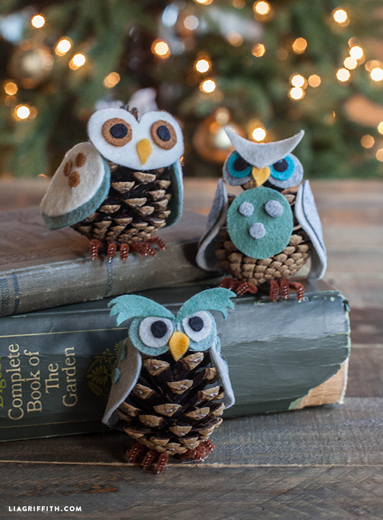 pine cone owl ornaments - Homemade Pine Cone Christmas Decorations