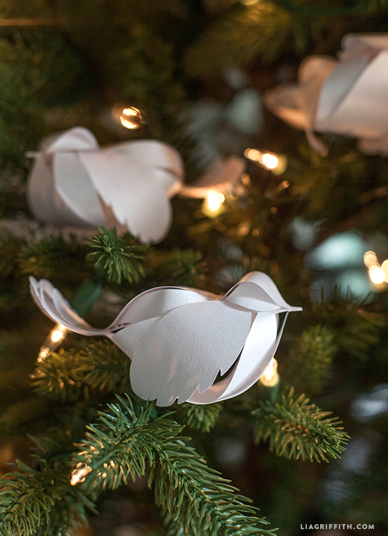 paper birds for your holiday decorations video tutorial - Bird Christmas Decorations