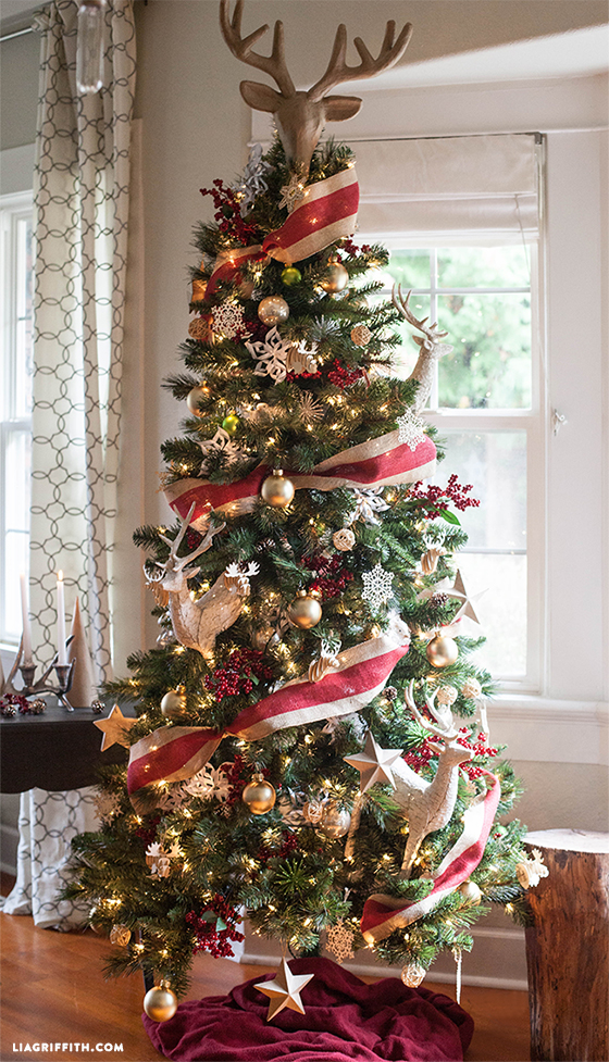My Top 7 Christmas Tree Decorating Tips - Lia Griffith