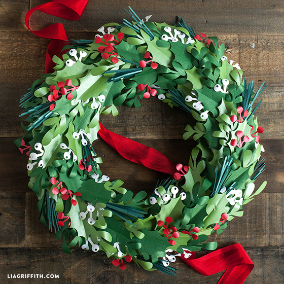Paper Christmas Wreath Ideas.Make A Paper Christmas Wreath Lia Griffith
