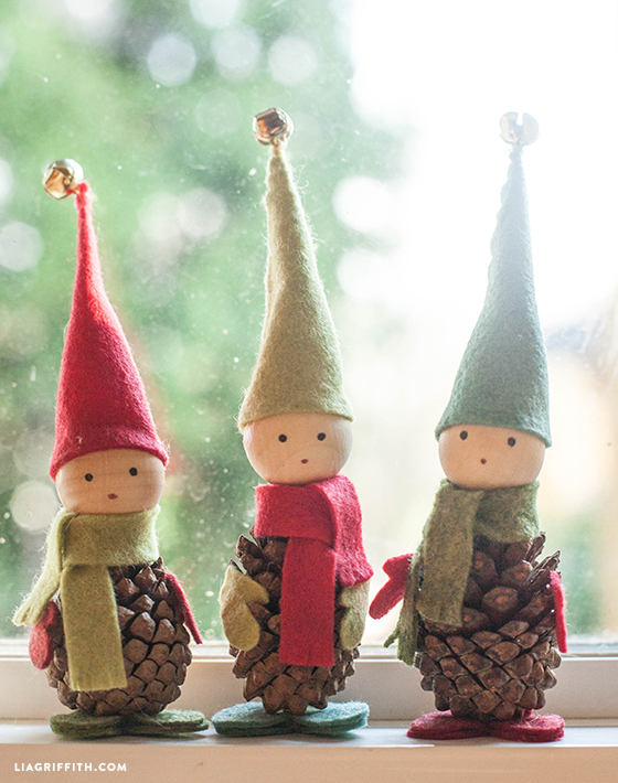diy pine cone elves
