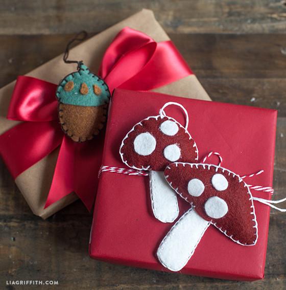 Mushroom_Acorn_Gift_Topper