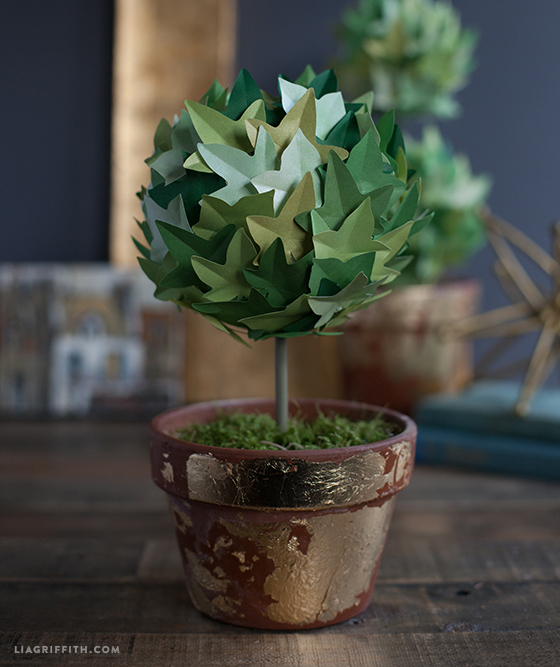 Diy paper ivy topiary plant learn how to make with ease diypaperivytopiaries ivytopiarytutorial mightylinksfo