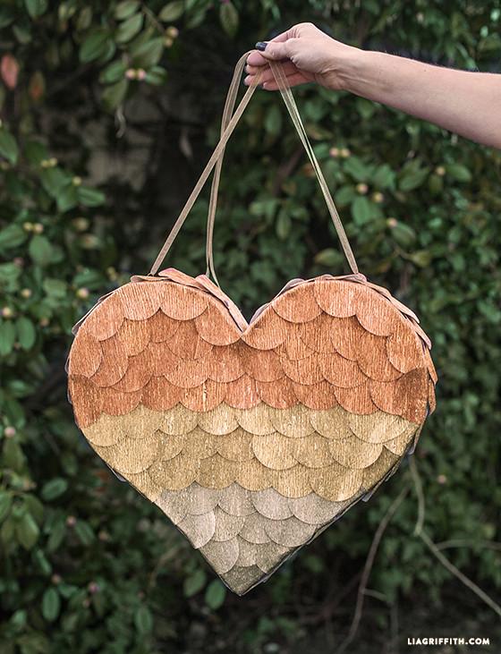 Heart_Crepe_Pinata
