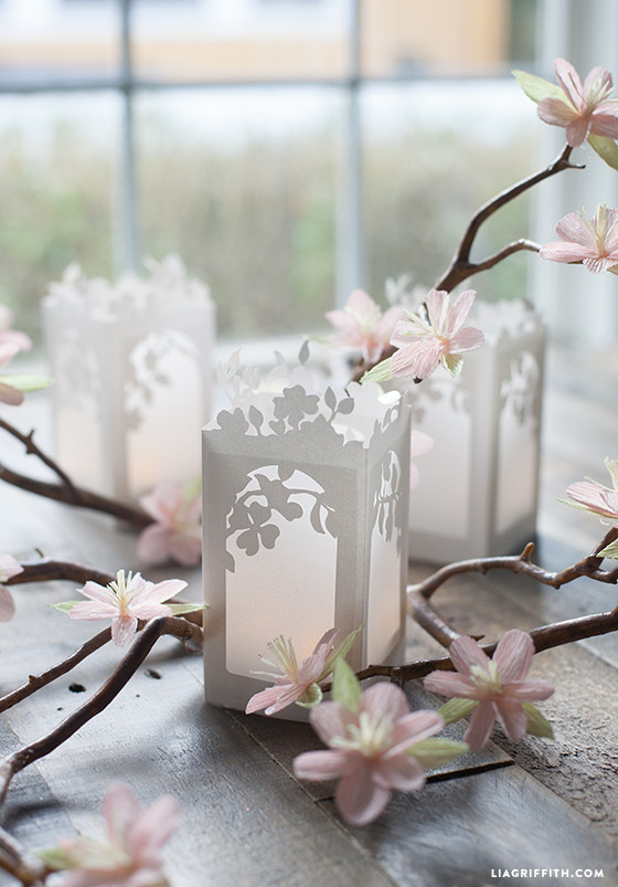 Spring_Bloom_Paper_Lantern_DIY