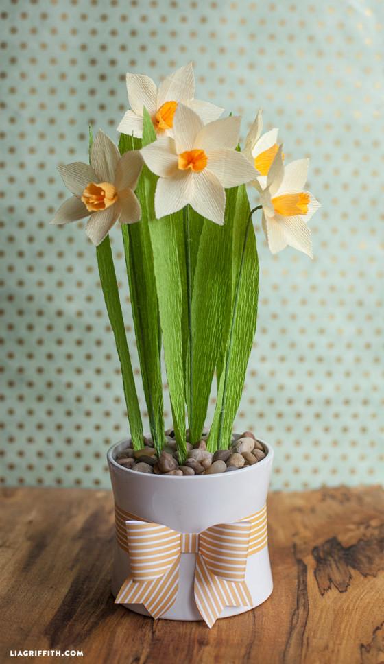 DIY_Daffodils_Crepe_Paper