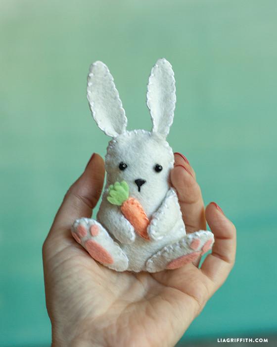 Felt_Easter_Bunny