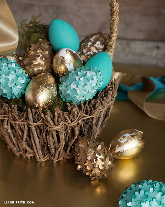 Make Your Own Elegant Decorated Easter Eggs Today