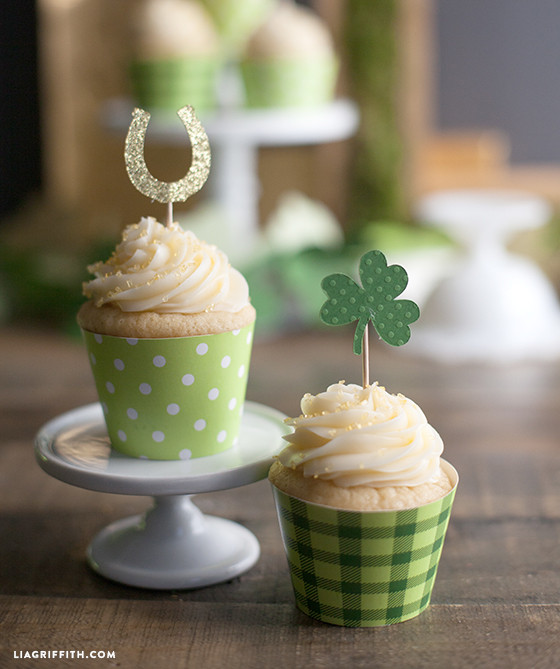 St_Patricks_Cupcake_Toppers_Wrappers