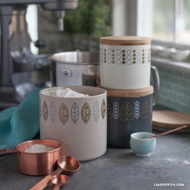 Kitchen Containers with Scandinavian Designs