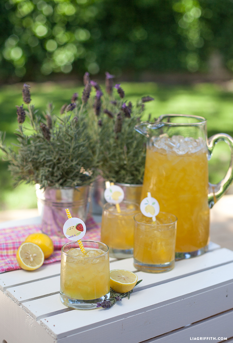 Homemade_Lavender_Lemonade