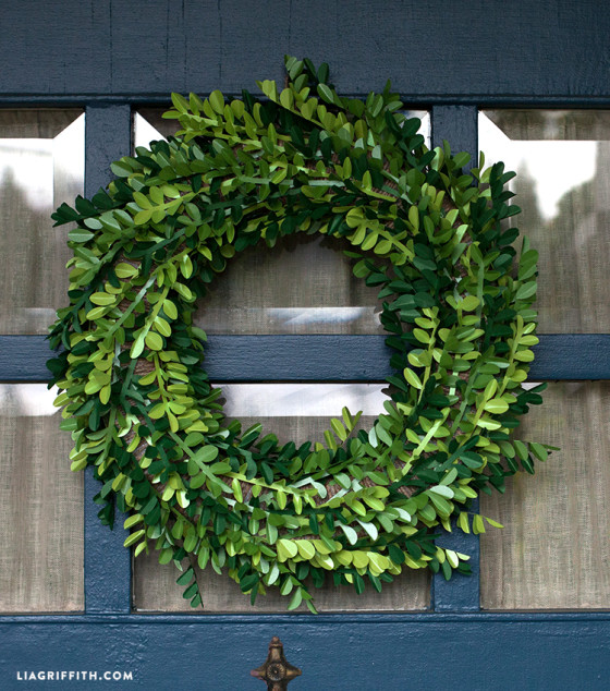 Spring_Paper_Boxwood_Wreath