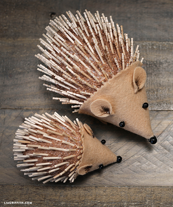 DIY_Foam_Felt_Hedgehog_Craft