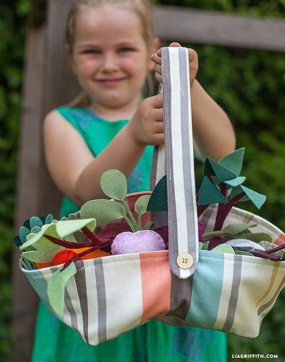 Fabric_Garden_Basket_DIY