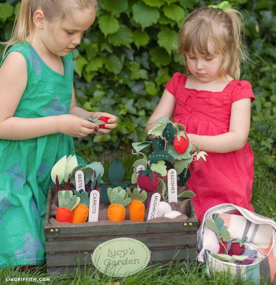 Kids_Felt_Garden_Basket