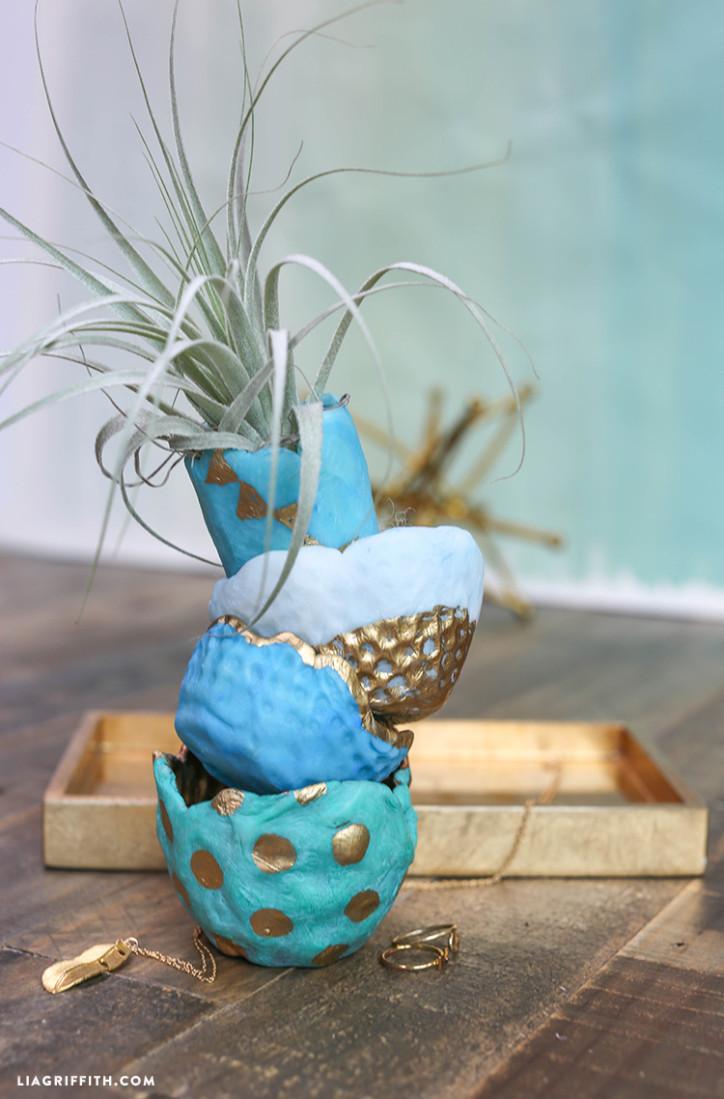 Friendly_Plastic_DIY_Bowls