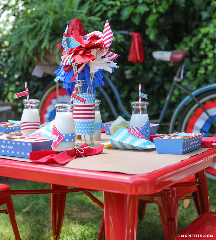 Kids_July_4_Party_Table