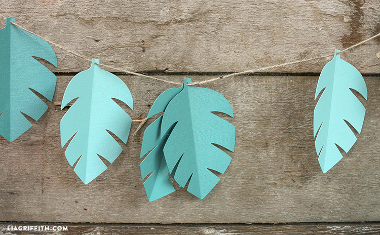 Safari_Party_Leaf_Garland