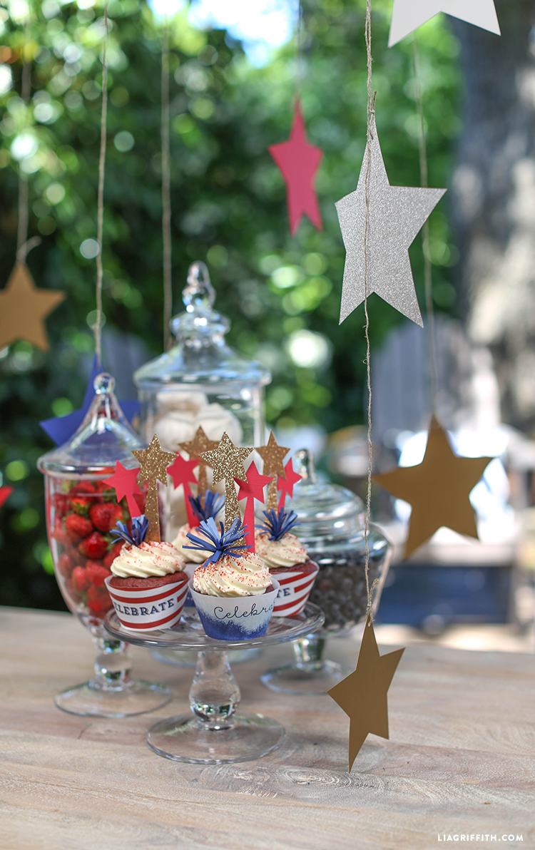 Toppers_Wraps_Cupcakes_Fourth_July