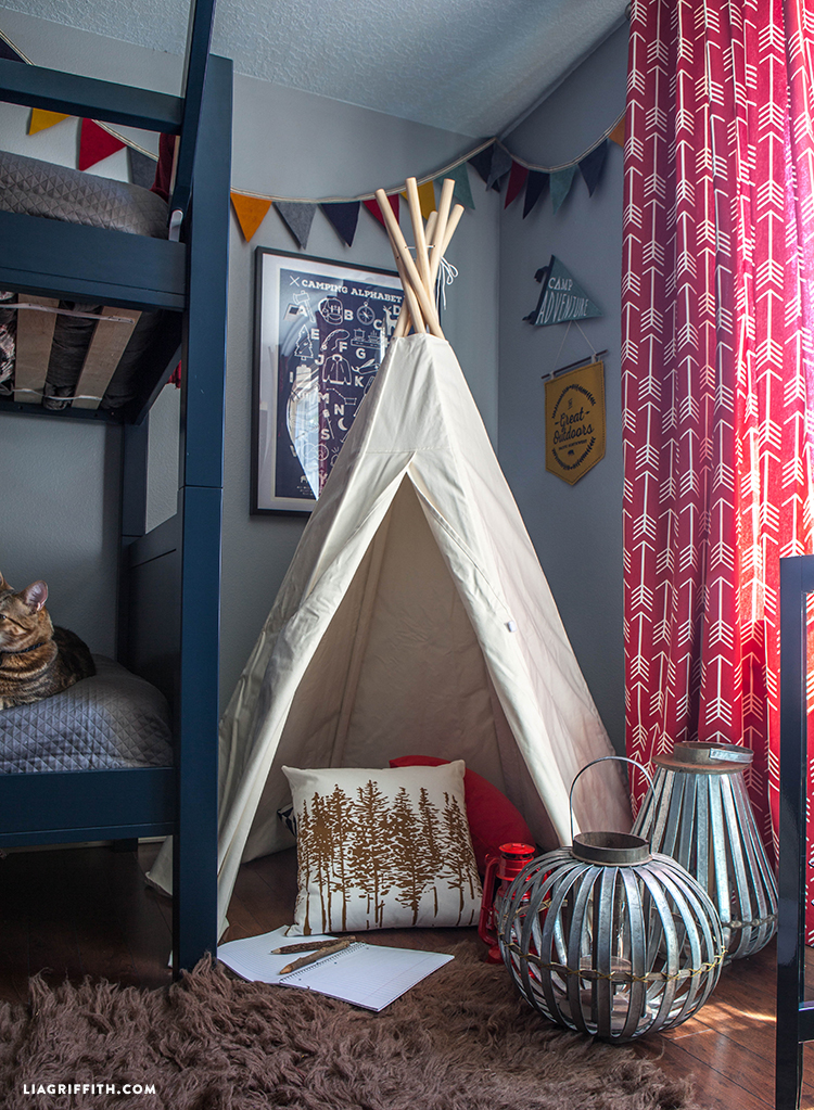 Tee_Pee_Kids_Room