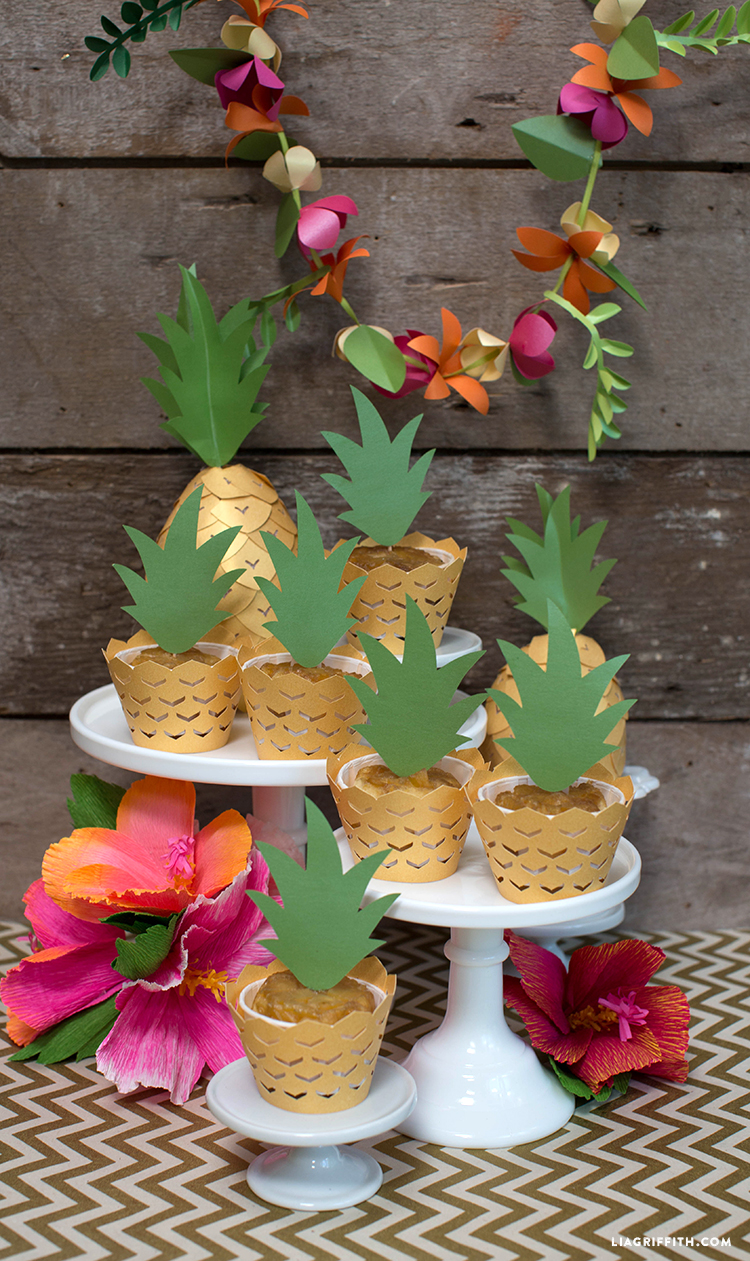 Luau_Party_Cupcake_Wrappers