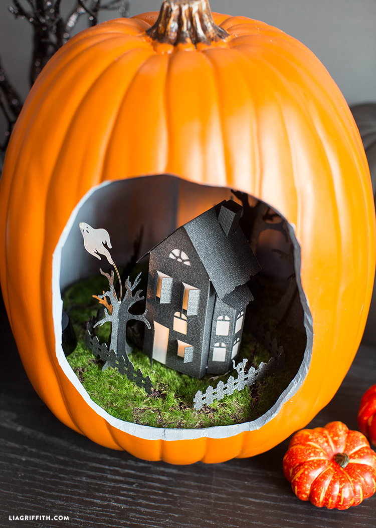 haunted_house_diorama pumpkindioramatutorial pumpkin_diorama_haunted_house - Halloween Diorama Ideas