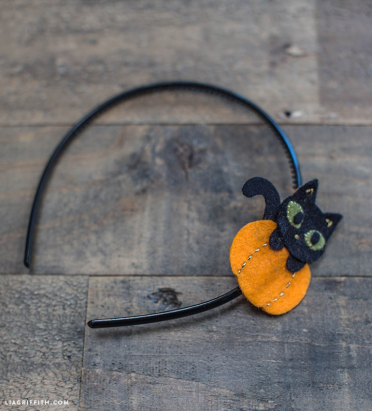 DIY_Halloween_Felt_Kitten_Headband