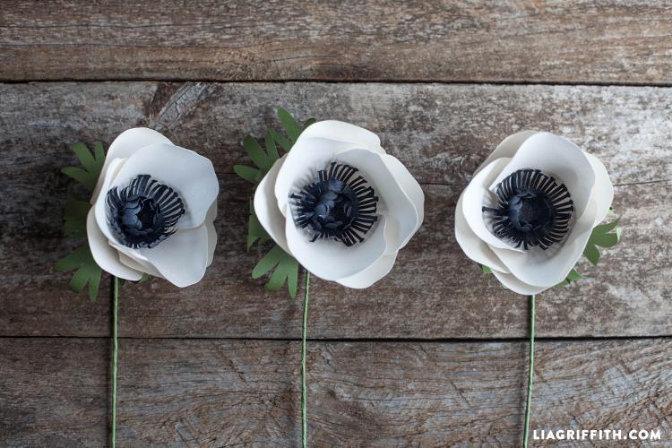 DIY_Paper_Anemone_Flower