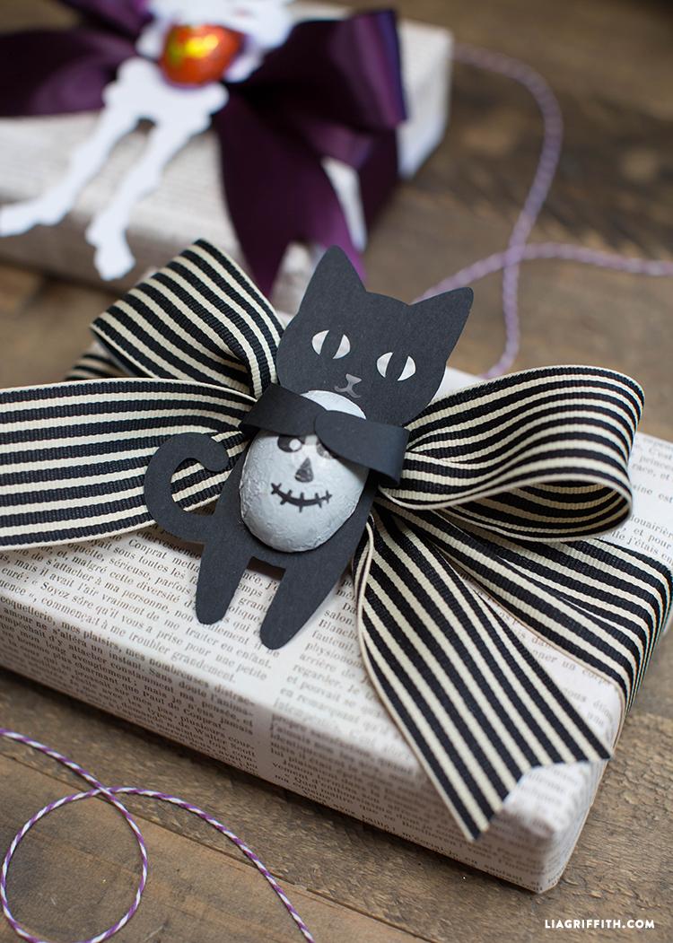 Halloween_Candy_Huggers_Cat