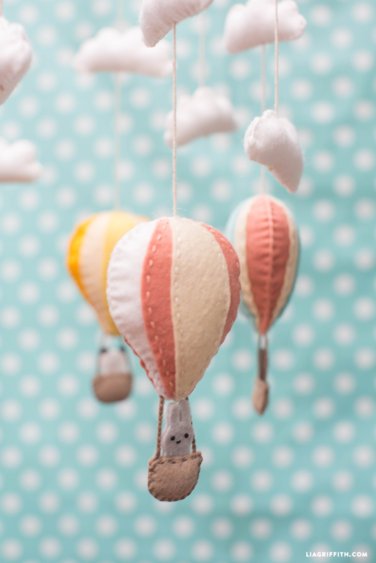 Hot_Air_Balloon_Mobile_Baby_Bunny