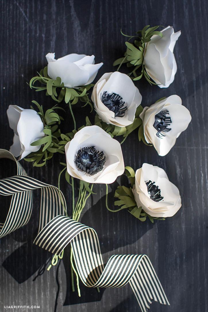 Paper_Anemone_Best_Flower_Metallic