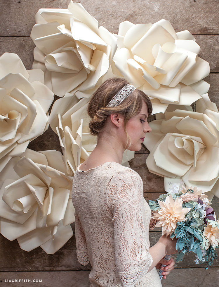 Video tutorial jumbo paper flower wedding backdrop lia griffith this jumbo paper flower wedding backdrop is an eye catching wall covering for your wedding celebration use it as a backdrop to your wedding photographs mightylinksfo