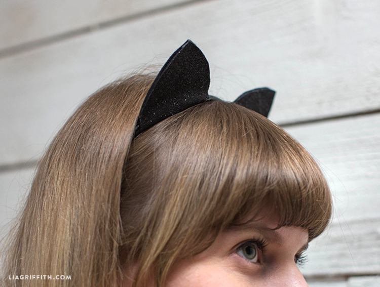 Cute Amp Crafty Diy Felt Cat Ears For Halloween Lia Griffith
