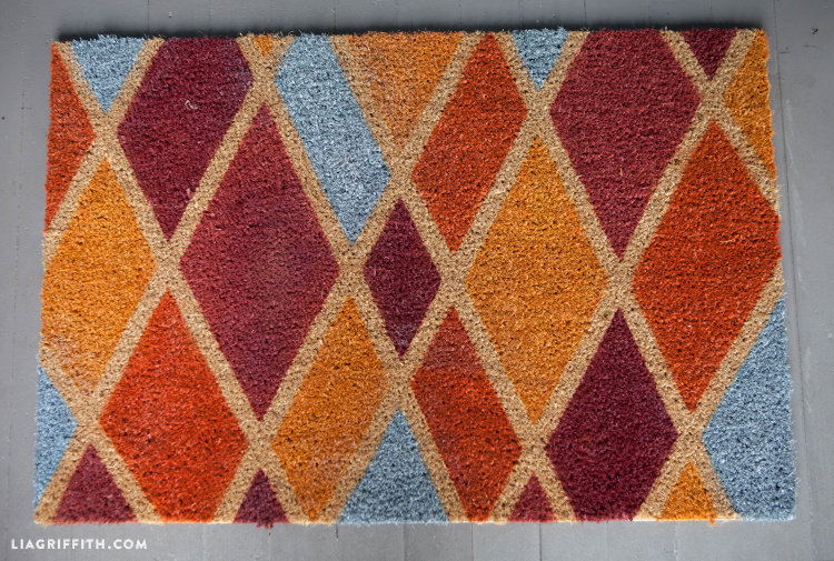 Fall_Doormat_DIY_Painted