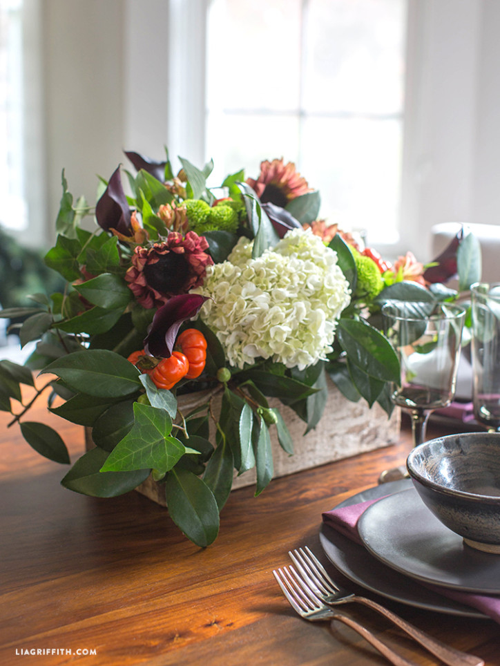 Fall_Fresh_Flower_Centerpiece_DIY