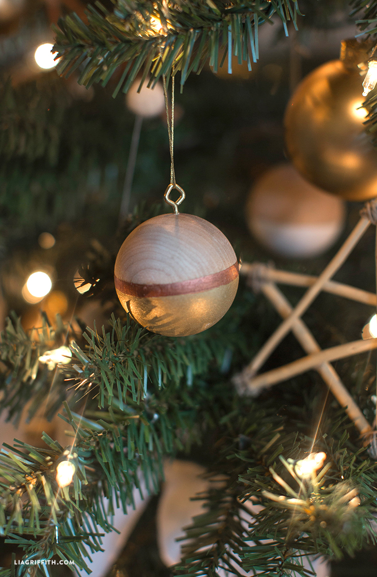 christmas_michaels_tree_detail_shot christmas_tree_michaels_dream_reveal_pinecone_bird_ornament michaels_christmas_tree_details_wood_ornaments - Michaels Christmas Decorations 2015