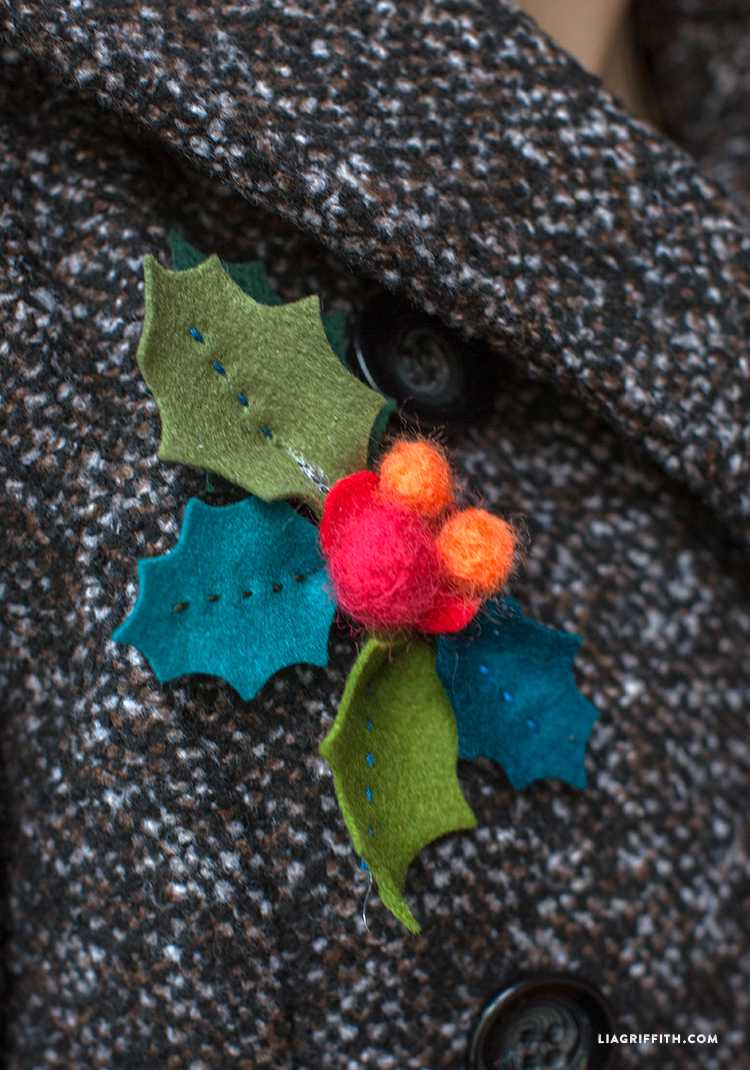Brooch_Felt_Holly_Closeup