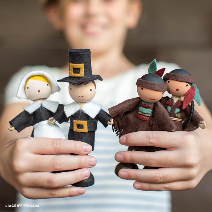 DIY Clothespin Dolls Thanksgiving Craft