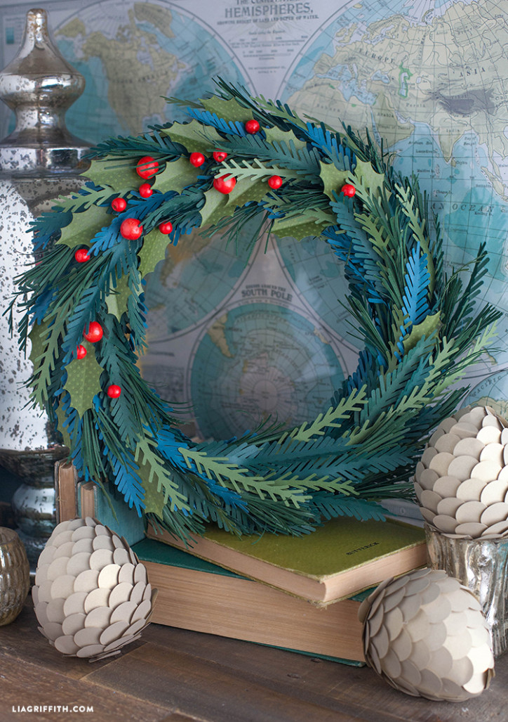 Paper_Bead_Christmas_Wreath_DIY
