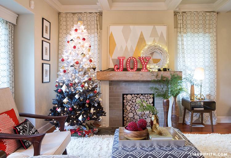 Scandinavian_Christmas_LivingRoom
