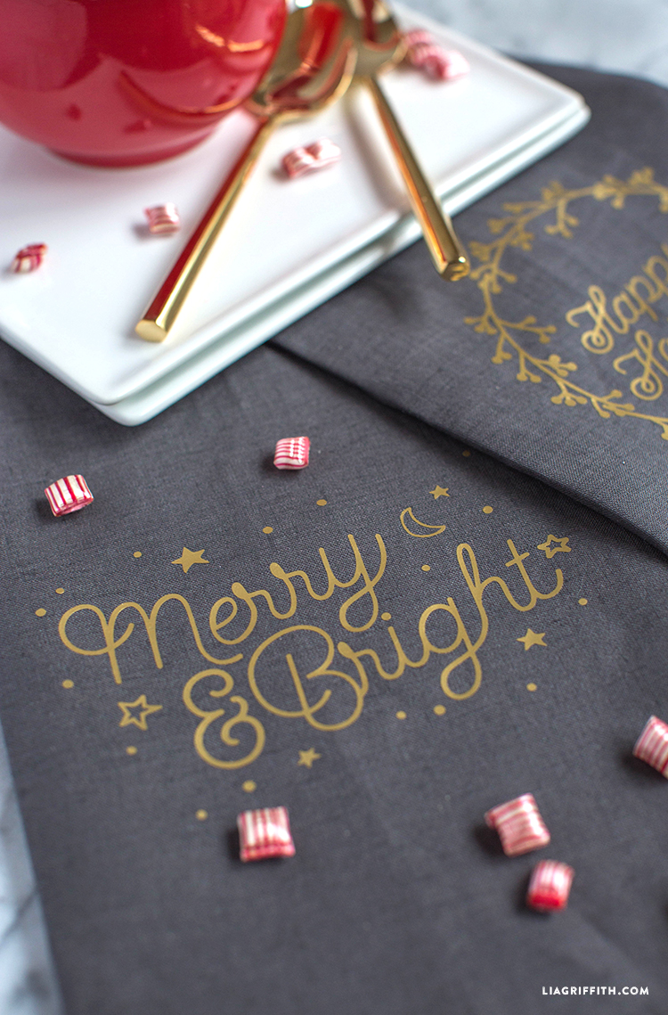 Tea_Towel_Merry_Bright