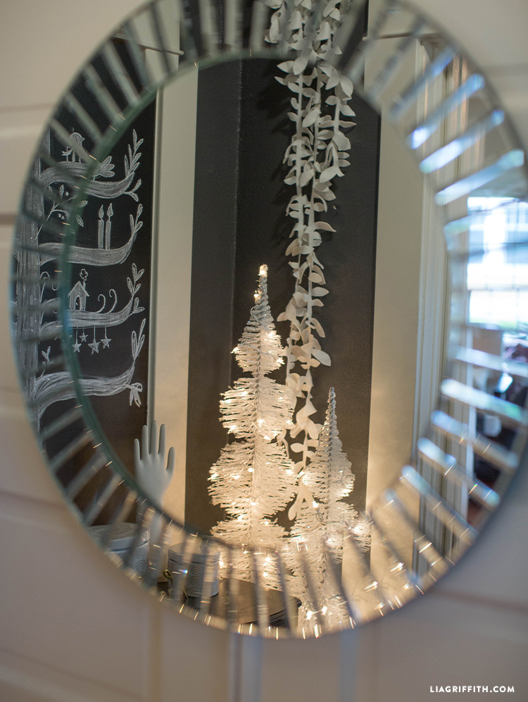 White_Christmas_Mirror